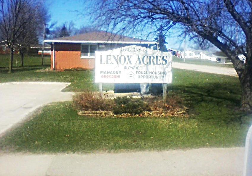Lenox Acres Apartments for Rent in Hopkinton, Iowa.