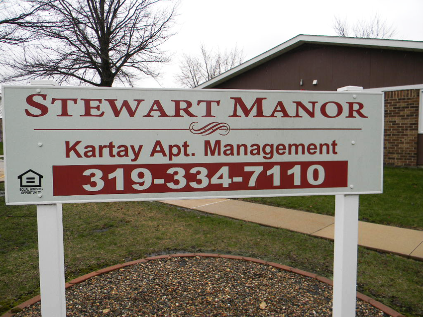 Stewart Manor Senior Housing Apartments for Rent in Oelwein, Iowa.