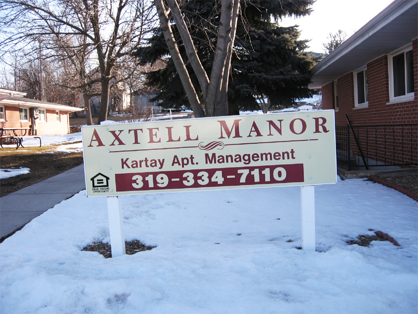 Axtell Manor Apartments for Rent in Independence, Iowa.